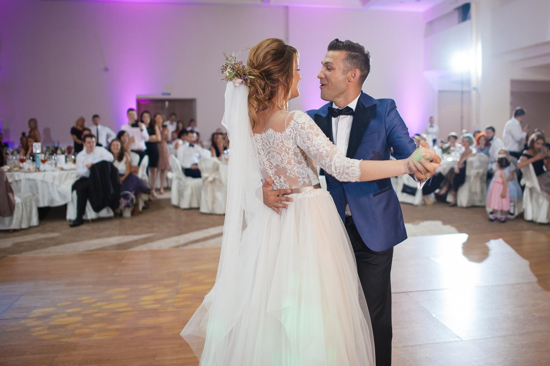 Fotografie profesionista de nunta miri dans blues