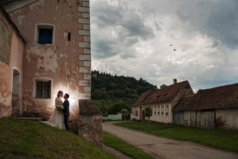 Fotograf de nunta la sedinta foto profesionsta la cetatea Biertan