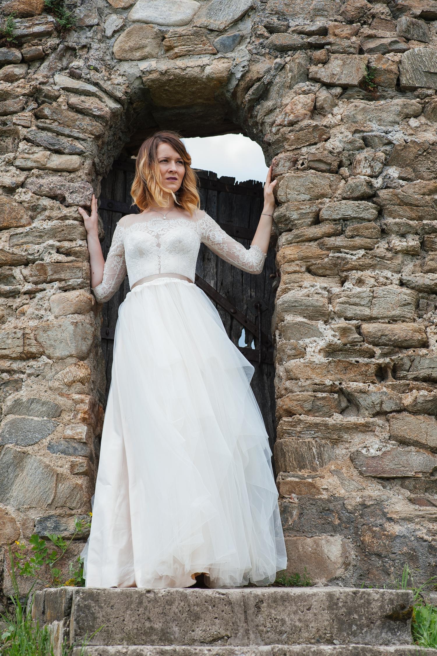 Fotograf profesionist de nunta, fotograf, fotograf de nunta, fotograf profesionist,,trash the dress, sedinta foto after wedding, mireasa trash the dress, sedinta foto dupa nunta, portet mireasa, cetate veche