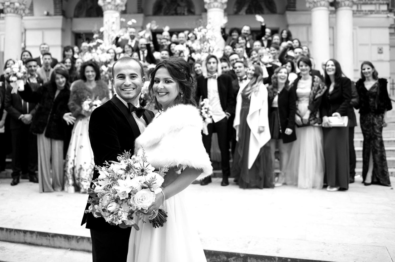 Fotograf profesionist de nunta, nunta, fotograf profesionist, fotograf Bucuresti, fotograf de nunta, fotografie grup biserica, Biserica Sfantul Elefterie, fotografie alb-negru nunta biserica Sfantul Elefterie
